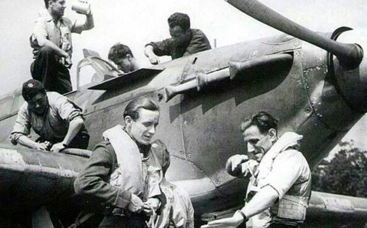 Muž, který málem sestřelil Rudolfa Hesse: letecké eso, silák, bouřlivák a skvělý pilot Leopold Šrom
