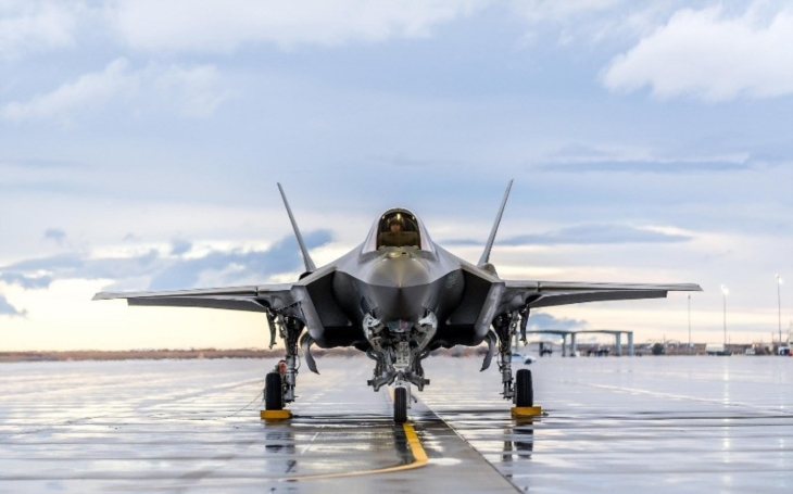 Stíhací letouny 5. generace a jejich zařazení