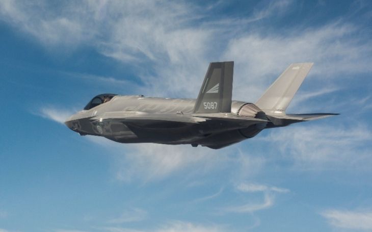 Tři další letouny páté generace F-35 byly dodány Norskému královskému letectvu