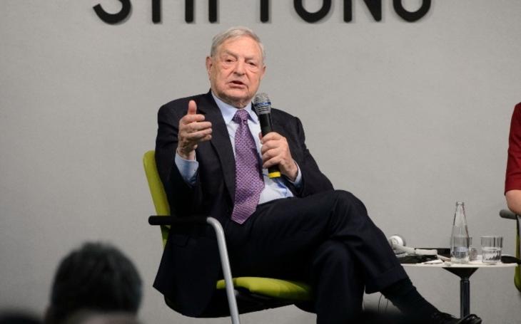 Miliardář Soros představil tříbodový plán pro zachování EU