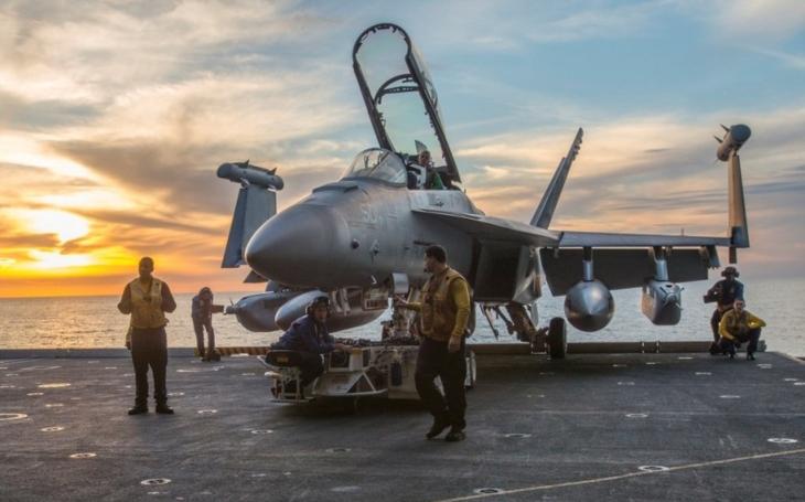 Boeing představí poprvé ve Finsku na letecké show ,,specialistu&quote; na elektronický boj  EA-18G Growler