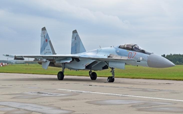 Čína dostane tento rok od Ruska dalších deset stíhaček Su-35S