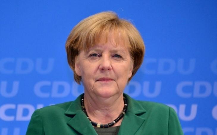 Merkelová v Evropském parlamentu promluví o budoucnosti Evropy