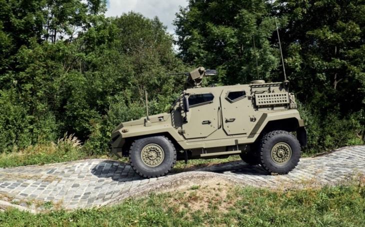 Obrněný Patriot na tatrováckém podvozku od Excalibur Army