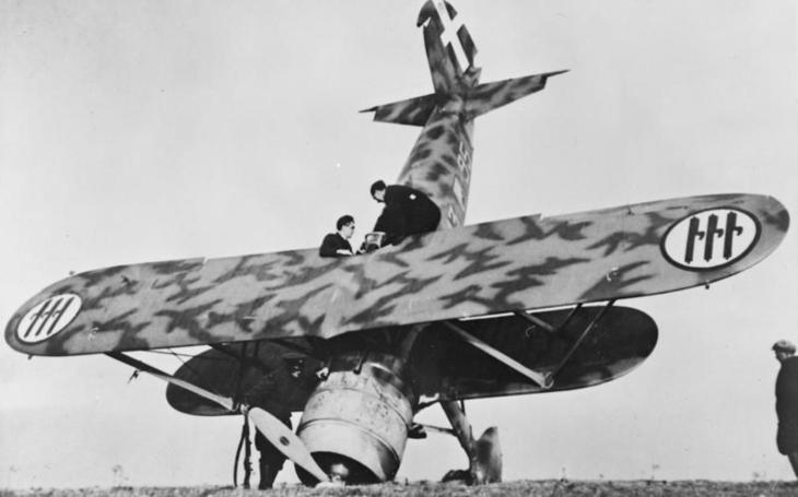 Mussoliniho Sokol Fiat CR-42 byl připraven na válku v Evropě již roku 1937