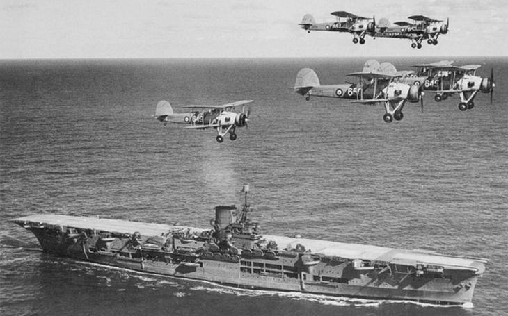 Video: Britská Royal Navy v Severním moři roku 1940