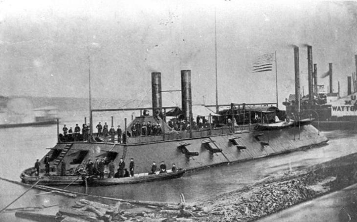 Nešťastný příběh USS Cairo z americké občanské války. Ve službě byl pouhý rok, potopila jej na dálku odpálená mina