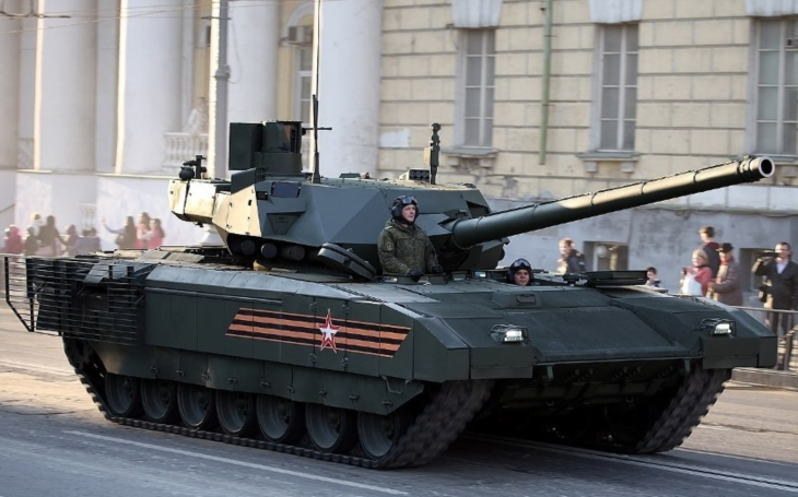 Masová produkce tanků Armata? Rusko přibržďuje plány
