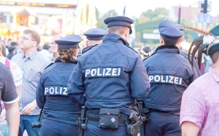 Bavorští pohraničníci smí kontrolovat hranici jen s povolením