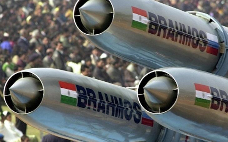 Indie vyzkouší supersonickou raketu BrahMos