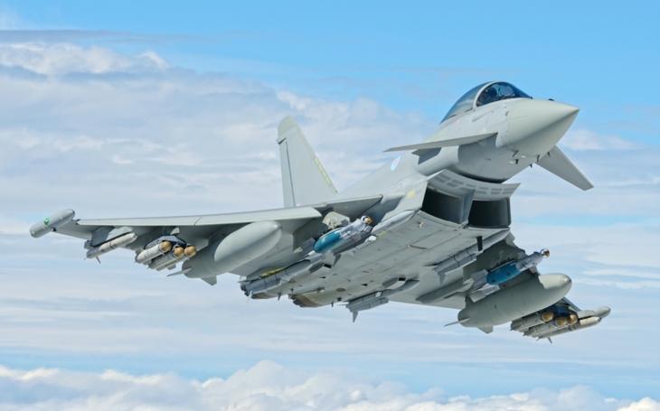 Britské letectvo rozšiřuje možnosti Typhoonů, konec útočných letounů Tornado se blíží