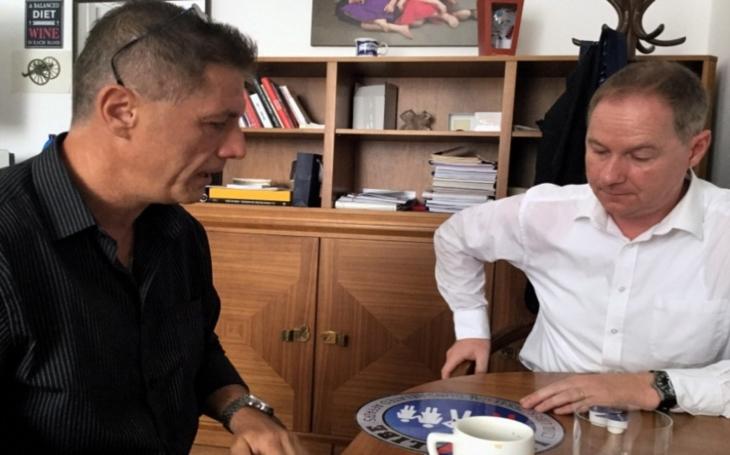 Schůzka zástupců LIGY LIBE s předsedou hnutí STAN Petrem Gazdíkem