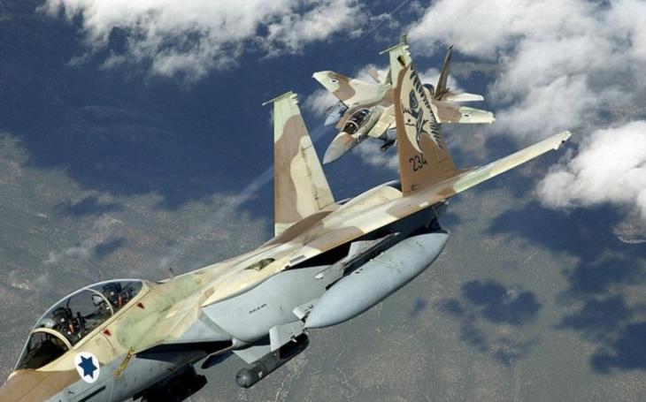 Izrael dojednává s Boeingem obří nákup letounů a vrtulníků