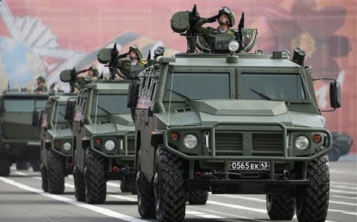 Rusko vyvíjí novou verzi obrněného vozidla Tigr s větší odolností proti výbušninám