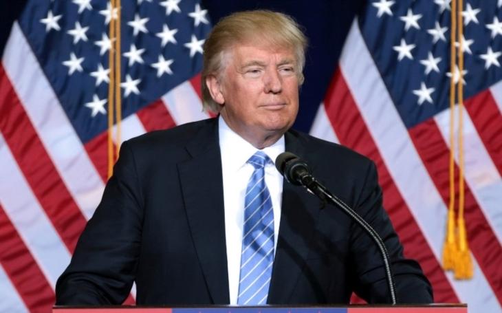 Trump podepsal dekret proti vměšování do voleb, obsahuje sankce