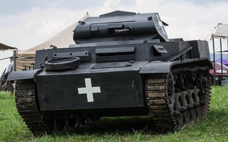 Re-enactment 2. světové války - Cihelna 2018 (technika)
