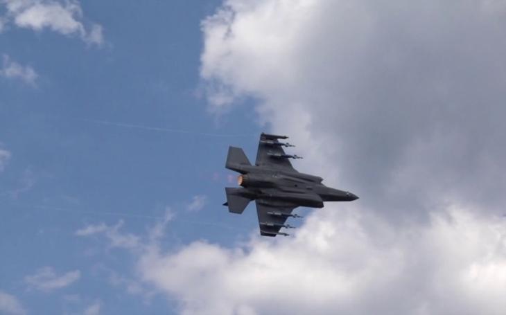 První provozuschopná F-35A úspěšně otestovala poprvé svůj vnitřní kanón ráže 25 mm