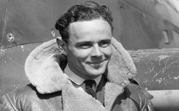 Jihoafrický hrdina RAF Pat Pattle - nejlepší spojenecký pilot, co v horečce ,,kosil&quote; nepřátele
