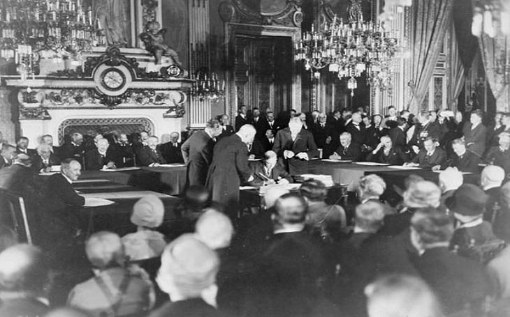 Briand-Kelloggův pakt: svět bez válek, nebo jen naivní představa?