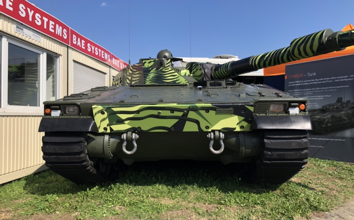 Technika na NATO Days 2018 – lehký tank BAE CV90120
