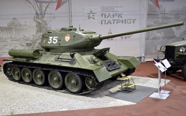 T-34/85 - nejznámější sovětský tank, který bojoval až do 90. let