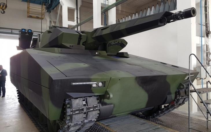 Rheinmetall vsadil v Austrálii na domácí průmysl a vyhrál. Stejný princip má přinést LYNX do ČR