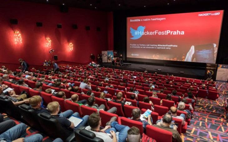 Odborné konference jsou i v době internetu potřebné, jak dokazují ohlasy účastníků HackerFestu 2018