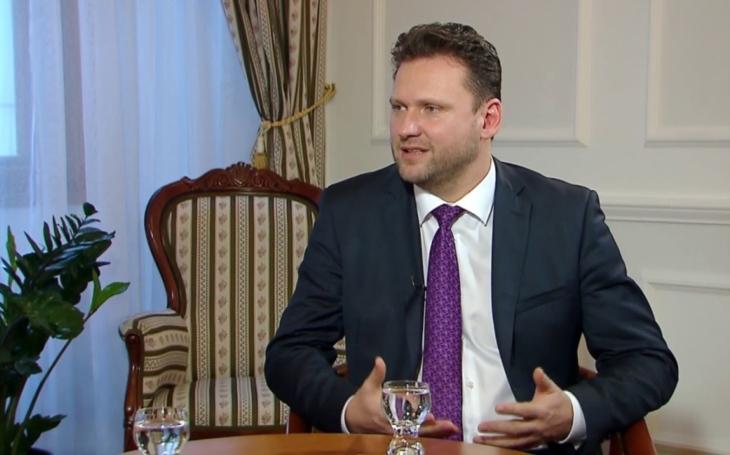 Vondráček bude jednat v Rusku i s politiky ze sankčního seznamu
