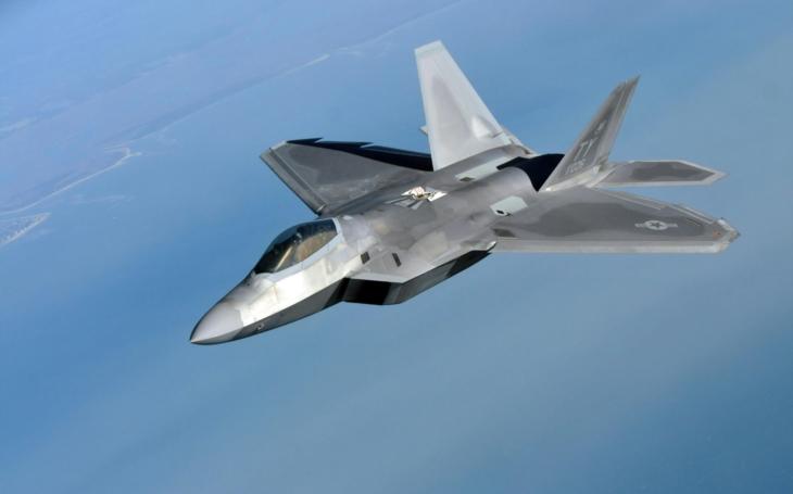 F-22 odstrašily 587 nepřátelských strojů nad Sýrií