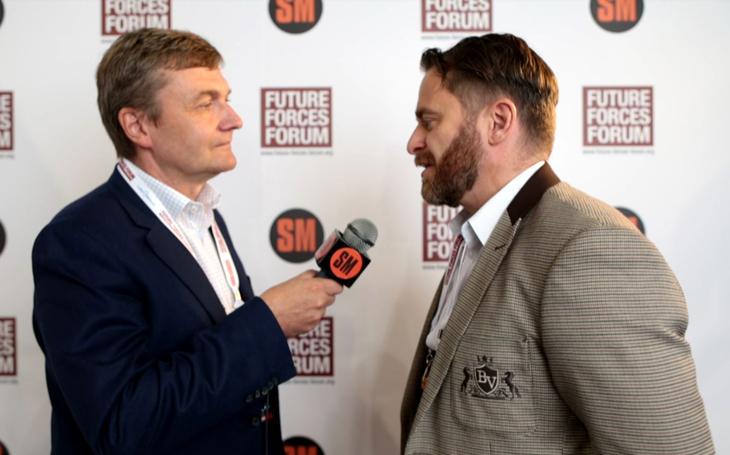 Poslanec Jan Řehounek – spolupráce s českým průmyslem a podpora výzkumu (Future Forces Forum)