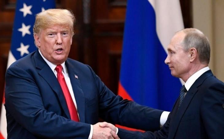 Ruský prezident v Paříži hovořil s Donaldem Trumpem