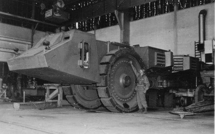 Nacistický Krupp Raumer S vypadal jako obrněné vozidlo ze série Alien