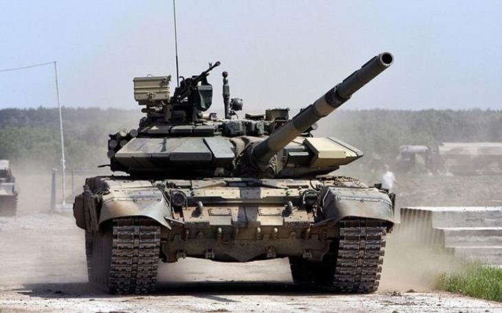 Vietnam modernizuje armádu. Rusko mu dodalo první várku tanků T-90S