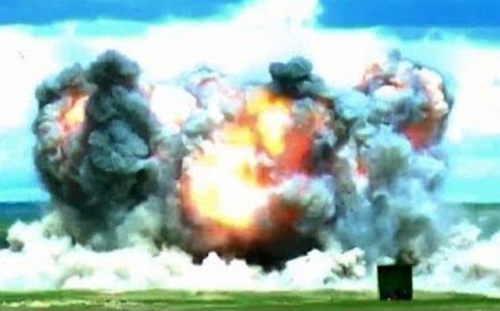 VIDEO: Čínská odpověď na americkou ,,matku všech bomb&quote;
