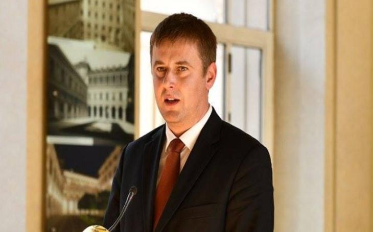 Petříček na výboru: Když nezačnou přístupové rozhovory do EU s Albánií a Makedonií, přispěje to k islamizaci a destabilizaci Balkánu