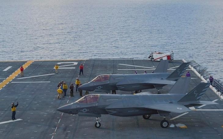 Naše letouny F-35B dosáhly počáteční operační způsobilosti, prohlásil britský ministr obrany Gavin Williamson
