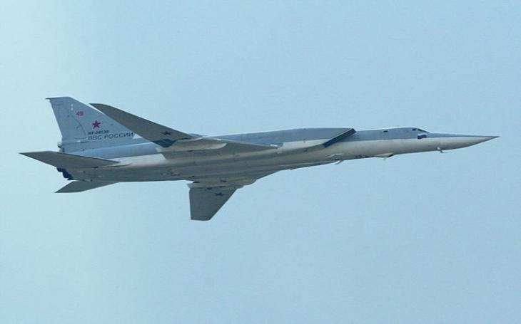 Ruský bombardér Tu-22M3 se zřítil v Murmanské oblasti. Tři členové posádky jsou mrtví