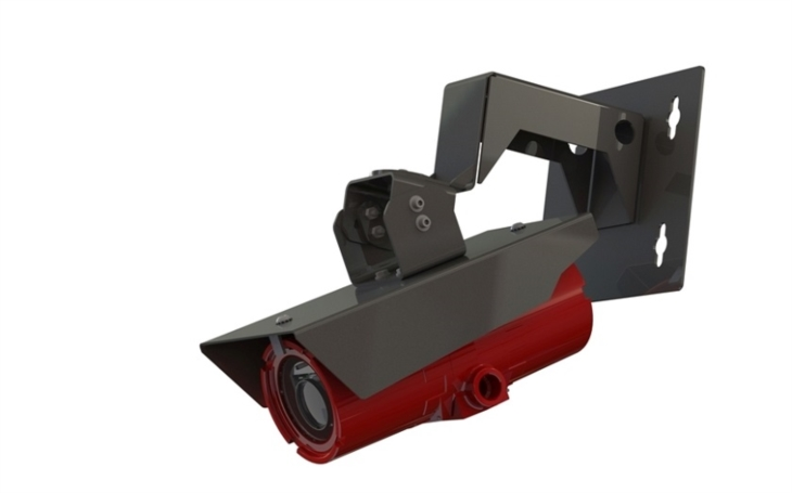 Nová červeně zbarvená kamera Axis pro rizikové oblasti má ochranu před explozí a zvládá nepříznivé světelné podmínky