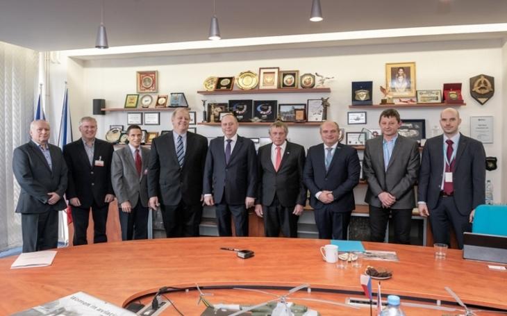 Bell a LOM PRAHA prodloužily dohody o spolupráci