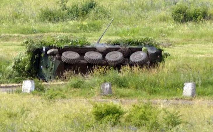 KBVP Pandur II vs. kolové nebojové osobní vozidlo Fabia I