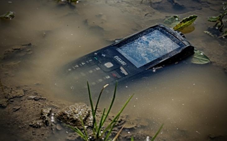 EVOLVEO rozšiřuje nabídku odolných tlačítkových telefonů o nový model StrongPhone Z3