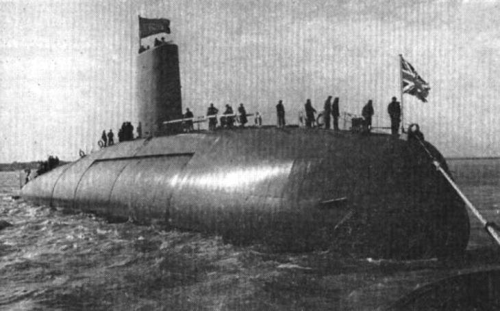 Británie není schopná likvidovat své staré jaderné ponorky