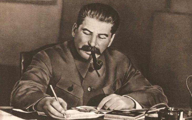 Zapomenuté příběhy - Drzý kadet ,,jednu vrazil&quote; Stalinovi. Odveta přišla za několik let