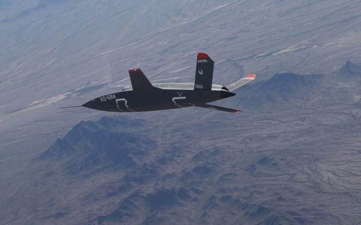 VIDEO: Šok pro Čínu a Rusko: bojový dron Valkyrie bude doprovázet F-22 a F-35