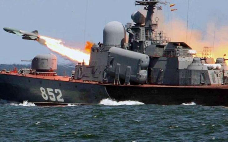 Do konce roku odpálí Rusko svou hypersonickou raketu Zirkon poprvé z fregaty Admiral Gorškov