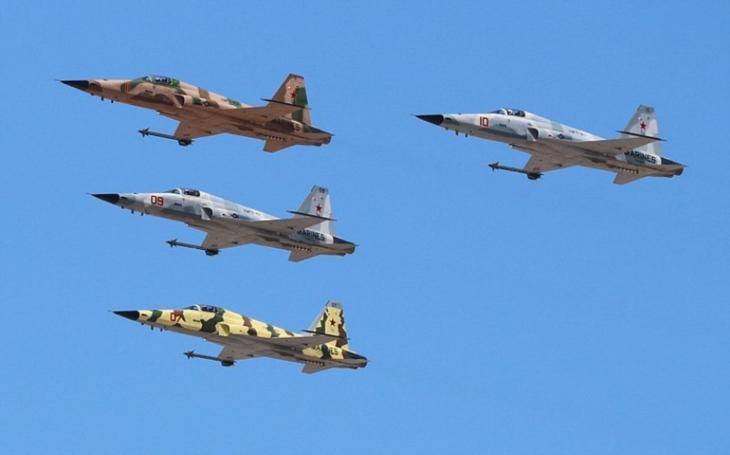 Americké námořnictvo by mělo získat další staronové stíhací letouny F-5 Tiger II