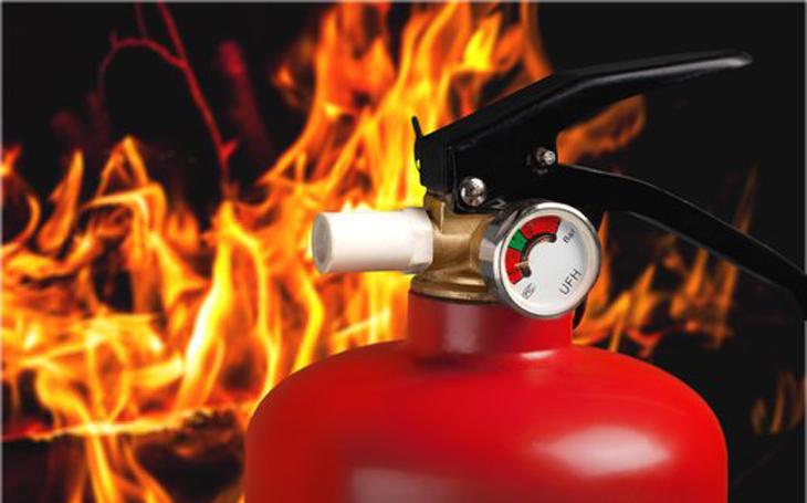 Firmy podceňují požární bezpečnost. Je to časovaná bomba, volají experti