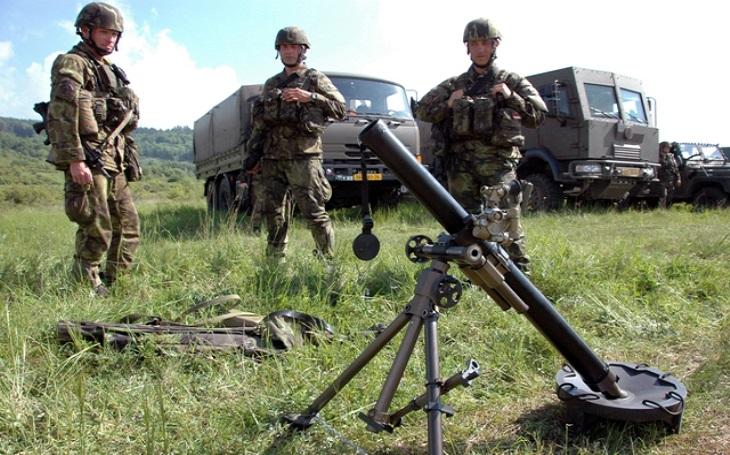 Lehký minomet ANTOS - malá, ale silná dělostřelecká zbraň určená k umlčování pěchoty a ničení palebných prostředků nepřítele