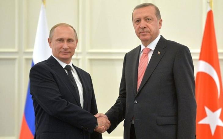 Putin: Chci vyvíjet hi-tech zbraně s Tureckem