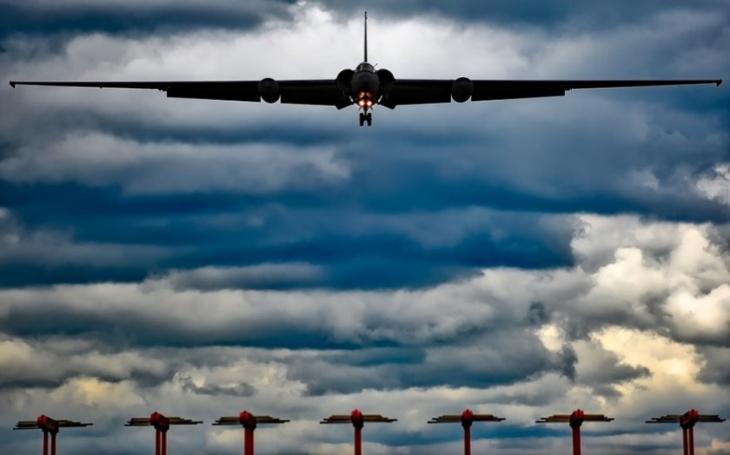 USA nasadily špionážní  letadlo U-2 do oblasti, kde se zřítila japonská F-35
